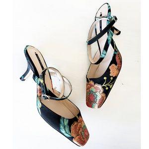 New Zara floral Jaquared print kitten heels
